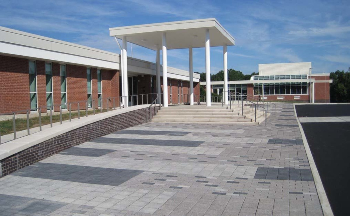 Front entrance of EHHS in 2016